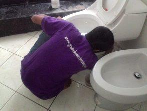 Jasa Pembersih Toilet – WC – Kamar Mandi Terbaik di Bandung