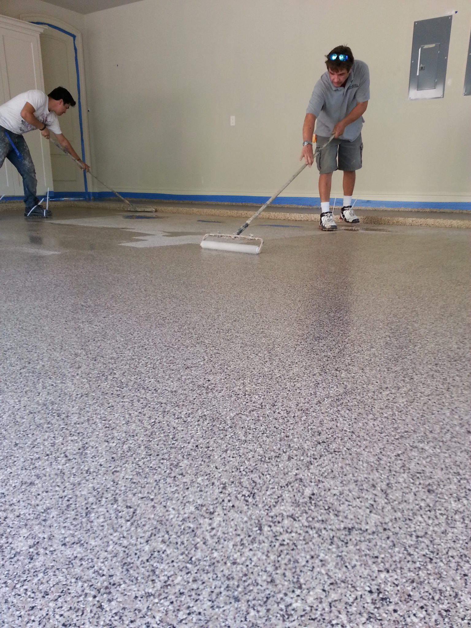 Concrete floor cleaner cleaning a garage floor with for Cleaning stained concrete floors steam mop