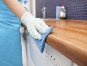Tips Membuka Usaha Jasa Cleaning Service yang Menjanjikan
