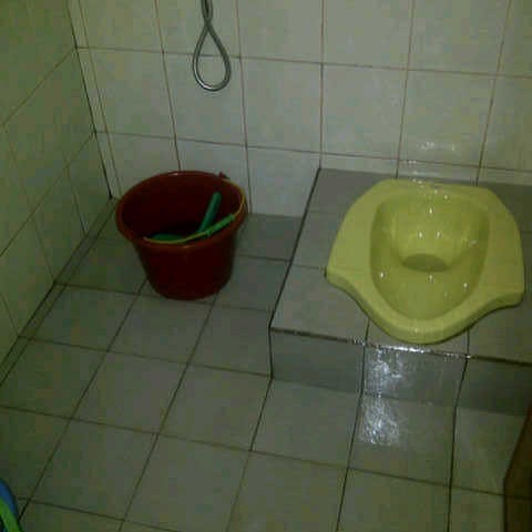 jasa pembersih toilet atau wc di bandung